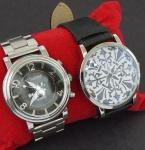 Lote contendo dois relógios de pulso, sendo: 1 Renew e outro Touch ( no estado).