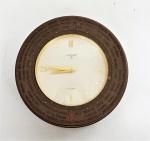 Relógio de mesa da marca Luxor (no estado). Diâm. 11 cm.