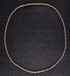 Gargantilha corrente em ouro amarelo e branco, peso total 34 gr.