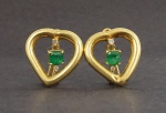 Par de brincos em ouro, esmeralda e brilhantes, peso total 12 gr