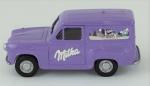 Miniatura  Caminhão Austin A35 Van Milka , comprimento 8 cm, acompanha caixa plástico, medida 6 x 7 x 12 cm.