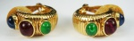Par de brincos de pressão, em metal dourado e pedra sintéticas (bijuteria)