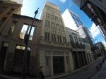 """Rua Teófilo Otoni. Prédio com 7 andares + cobertura (1.470 m2 além da cobertura) totalmente remodelado em 2012, inclusive com 2 elevadores Otis novos, escada pressurizada com portas corta-fogo, estações para combate à incêndio, para-raios, etc.- Prédio """"protegido"""", com isenção de IPTU.- Documentação está perfeita no RGI, sem qualquer ônus ou ressalva.- Localização é privilegiada, na zona do Porto Maravilha e próximo ao VLT e Metrô."""