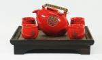 Aparelho de chá em porcelana chinesa com 4 xícaras(2 lascadas) e 1 bule- acompanha bandeja