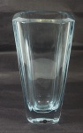 Jarra em cristal assinada Stromberg Shyttan med. 27cm