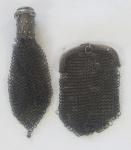 2 bolsas/porta moedas, em malha de prata, medindo 12x9 cm, peso total 46 g
