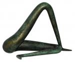 """A.REIS. """"Hanna"""". Escultura de bronze patinado, tiragem 1/8-2003. Medidas 16 x 16 x 15 cm."""