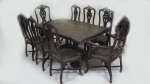Conjunto de sala de jantar D. José em jacarandá, entalhado, composto de : mesa  e 6 cadeiras  e duas poltronas , encosto e assento em couro pirogravado ( couro no estado). Medidas : mesa 78 x 168 x 100 cm.   cadeiras 115 x 55 x 45 cm.