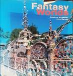 MAIZELS, John; SCHAEWEN, Deidi Von. Fantasy Worlds. New York: Taschen, c1999. 335 p.: il. col.; 32 x 25 cm. Aprox. 2.450 g. Assunto: Artes. Idiomas: Inglês. Estado: Livro com contracapa e capa dura. (CI: 150).