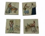 Quatro pequenos azulejos com pinturas de baianas, medindo 8 x 8 cm cada. Dois estão quebrados.