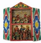 Pequeno oratório representando nascimento do menino Jesus, em madeira com pinturas e esculturas com figuras dos Andes, medindo 6 x 31 x 17 cm. As portas necessitam restauro.