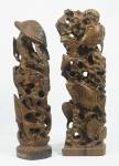 Arte popular - Lote composto de duas esculturas em madeira nobre, esculpida com motivos do fundo do mar, alturas 30 e 32 cm. (Sem assinatura, artista não identificado)